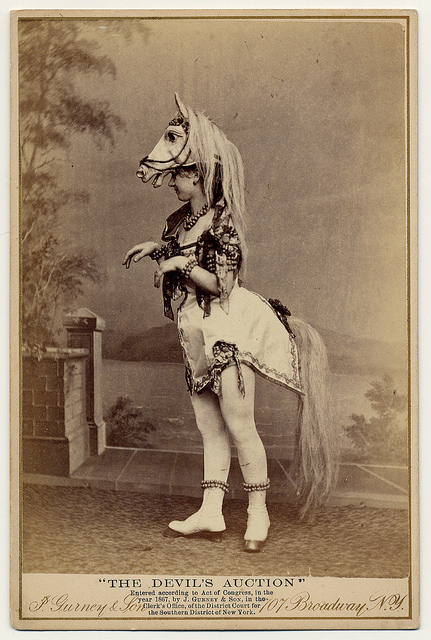 Got A Girl Crush On: Amazing turn-of-the-century photo collection of the ladies of burlesque & vaudville!    Fat-bottomed girls  still  make the rockin' world go round!    (via  Flavorwire )
