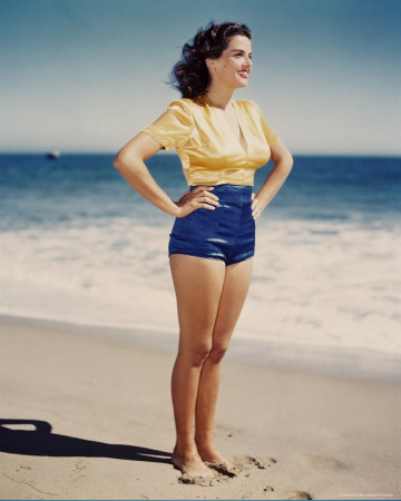 "honeyhoneyhoney :     Jane Russell. RIP total babe.   ""I like a man that can run faster than I can"""