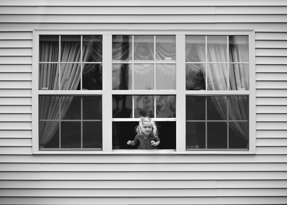 hello-olivia-photography-long-island-lines-window-light