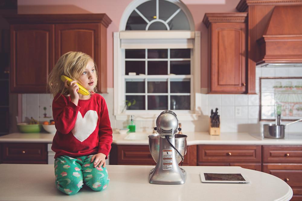 Hello-Olivia-photography-Kristina-Dominianni-Long-island-Best-Photographer-Child-lifestyle-banana-phone.jpg