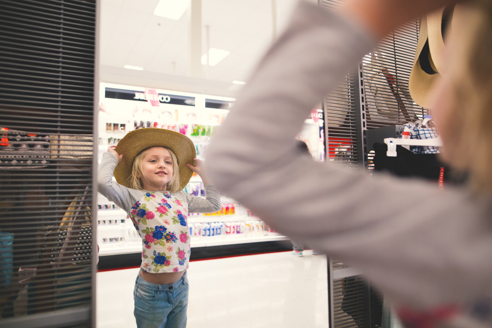 Hello-olivia-photographer-long-island-family-portrait-photographer-medford-target-hat-dress-up