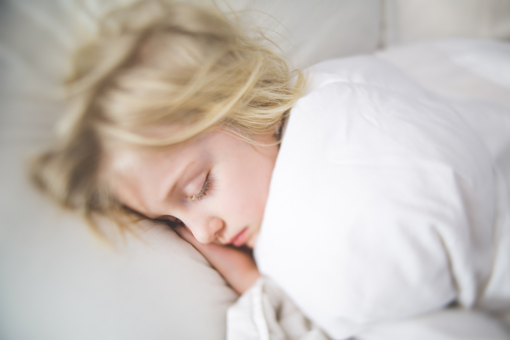 Hello_Olivia_Photography_Long_Island_Family-children-Photographer_sleepy-freelensed