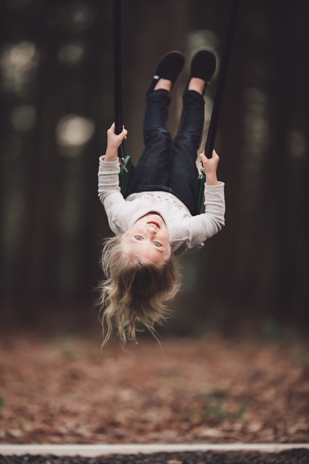 hello-olivia-photography-long-island-family-photographer-swing-upsidedown
