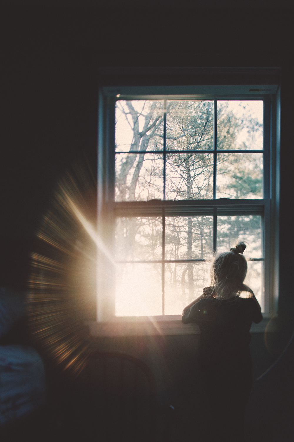 hello-olivia-photography-long-island-family-photographer-window-light-flare-tilt-shift