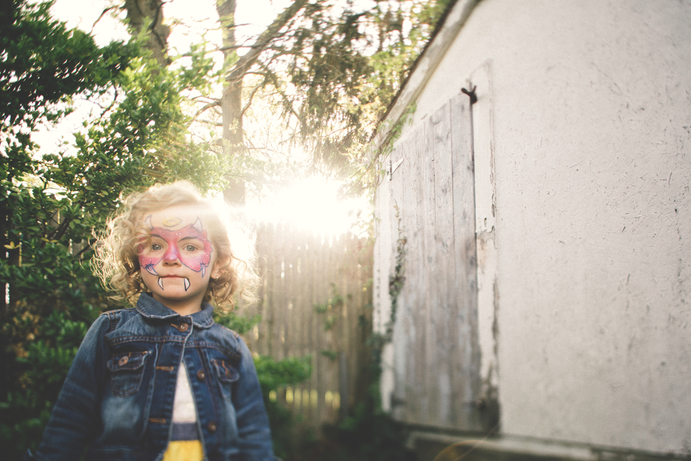Hello-olivia-photography-Long-island-Children-family-photographer-babylon-face-paint-party-kids.png