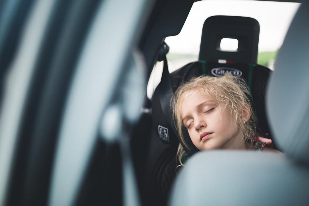 hello-olivia-photography-long-island-family-photographer-car-ride-sleep.jpg.jpg