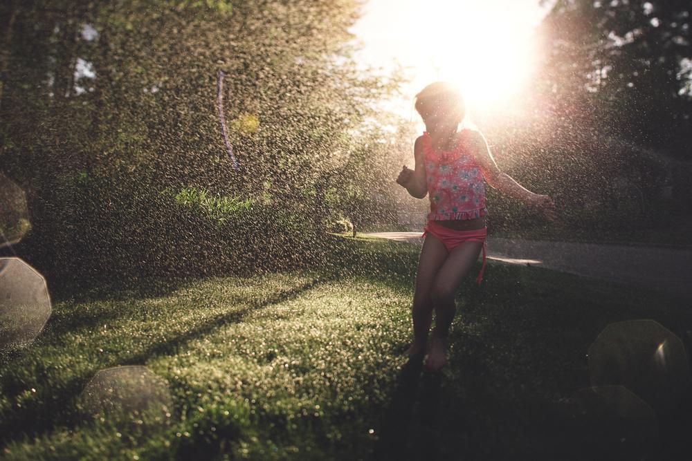 Hello-olivia-photography-long-island-photographer-family-kids-sprinkler