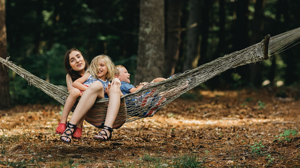 Hello-olivia-photography-long-lsland-family-children-documentary-photographer-childrens-hammock