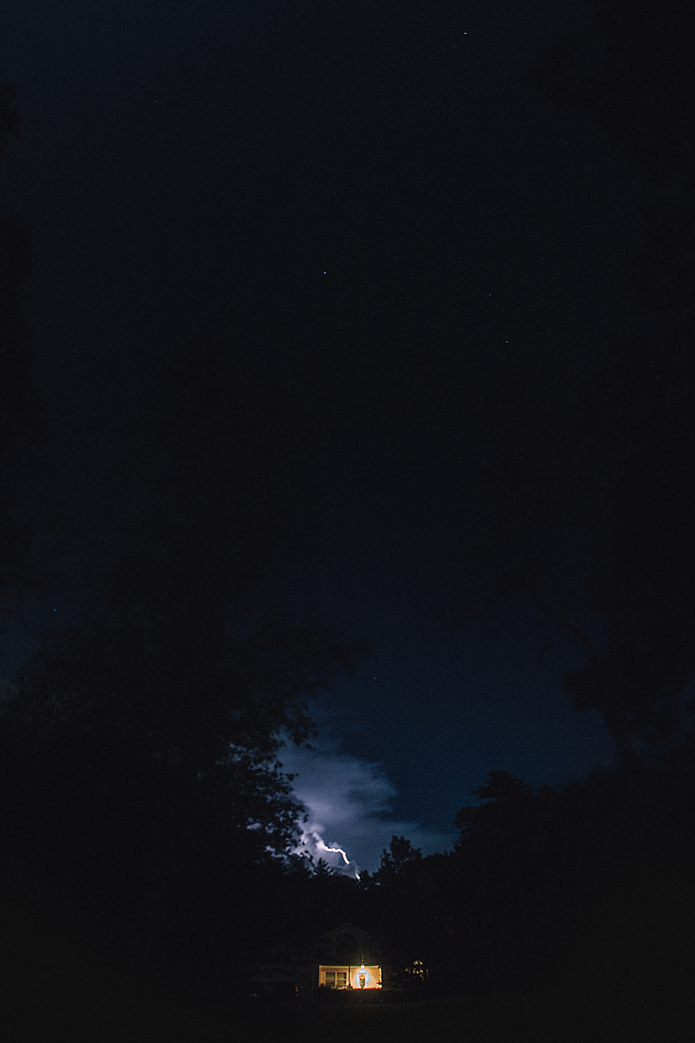 long-island-photographyer-hello-olivia-photography-lightning-middle-island.png