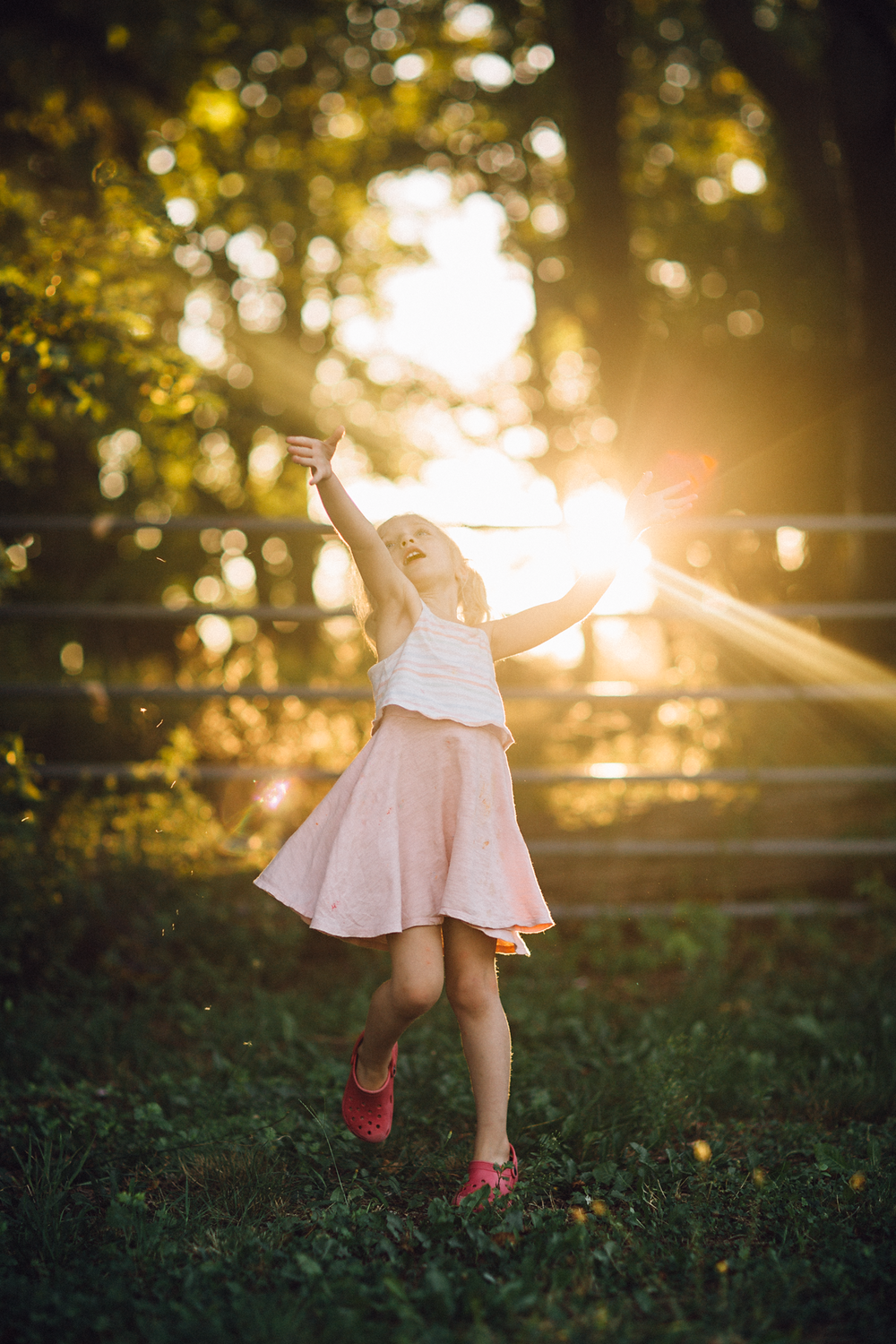 Hello-olivia-photography-long-island-children-magical-light-yaphank.png