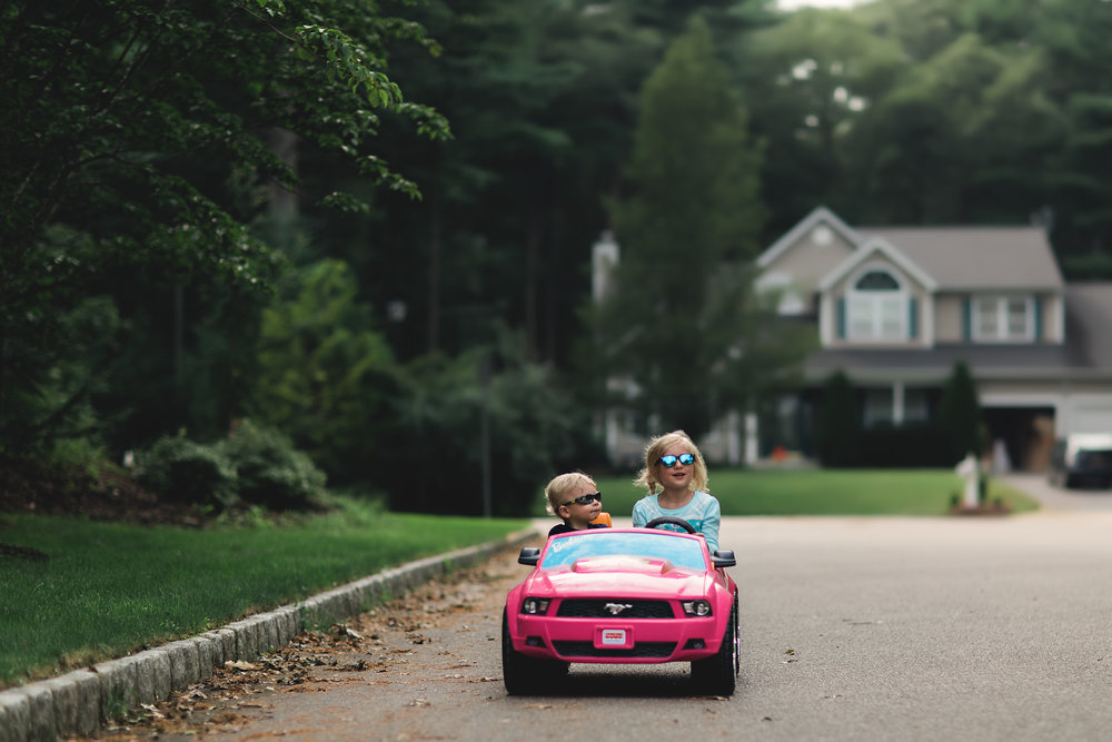 Hello-olivia-photography-Long-island-photography-children-session-family-lifestyle-driving-with-matthew.jpg