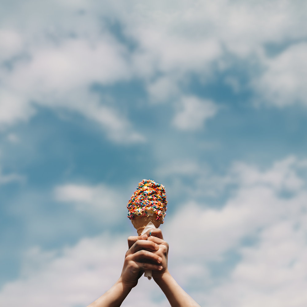 Hello-olivia-photography-long-island-photographer-children-lifestyle-mr-softee-ice-cream.jpg