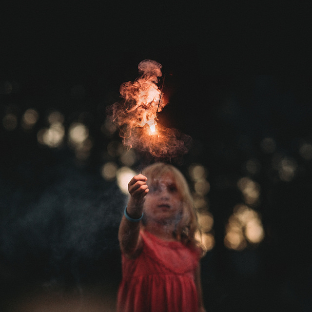 hello-olivia-photography-long-island-photographer-fireworks-children-family.jpg