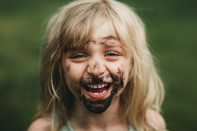 hello-olivia-photography-long-island-photographer-muddy-face.jpg