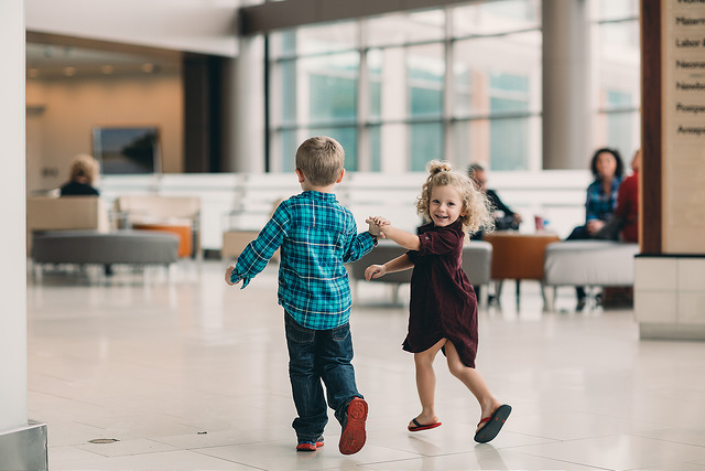 hello-olivia-photography-family-photojournalism-documentary-and lifestyle-photographer-long-island-new-york-siblings-meet-hospital-baby-brother.jpg