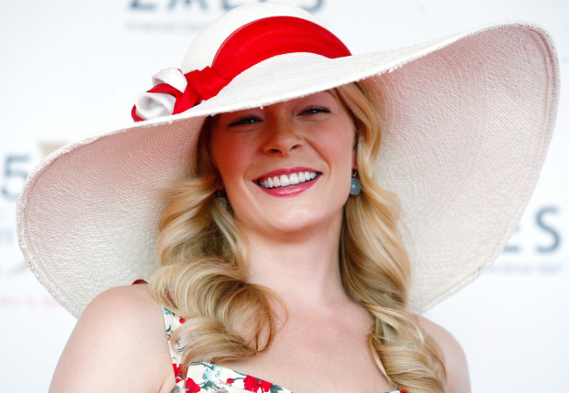 kentucky-derby-leann-rimes-2009.jpg