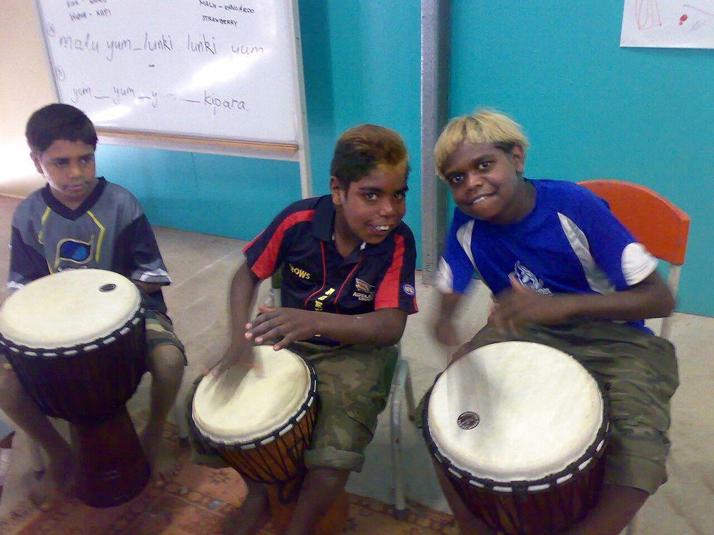 Drumming Wkshp - APY Lands (2).jpg