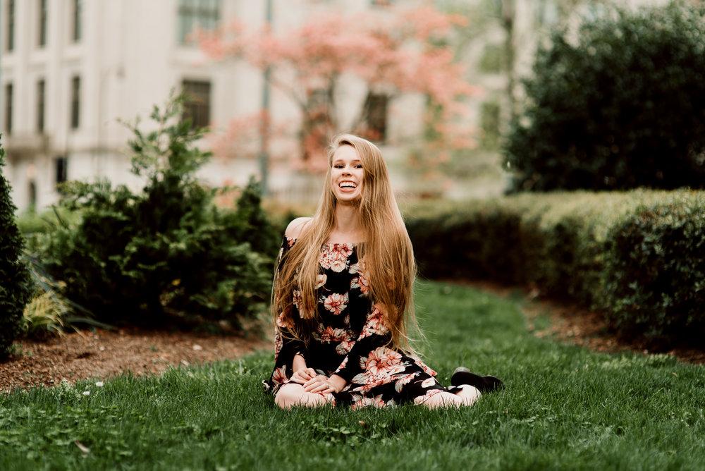 Emily-4.jpg