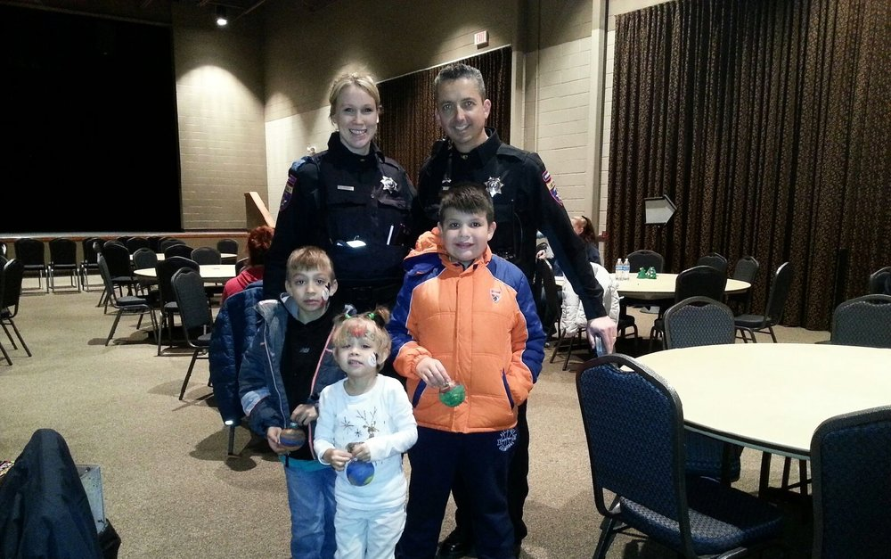 Shop with a Cop - Round Lake Beach 2016