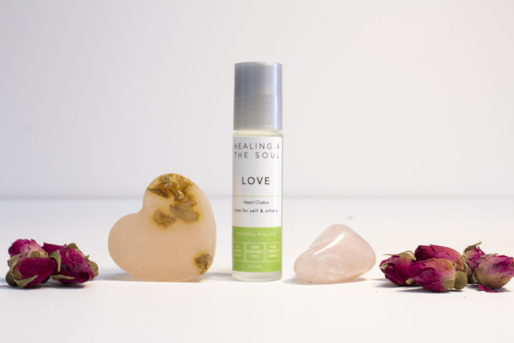 Give Some Love - Celebrate Valentines Day with a Love Set !