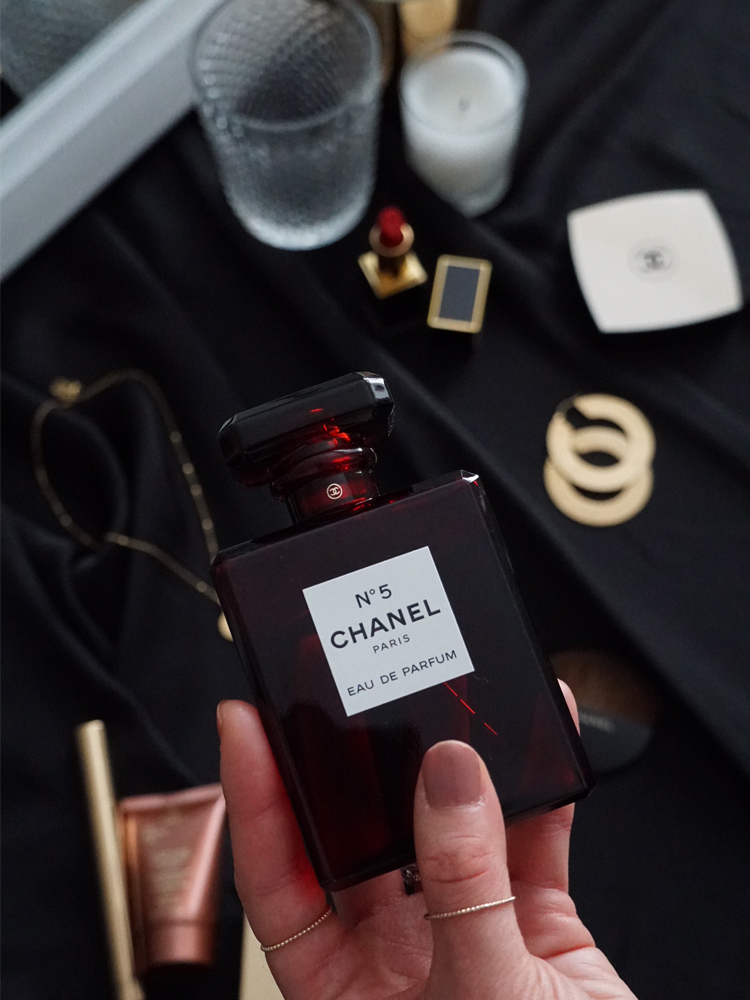 Chanel-No5-Limited-Edition-Fragrance-Red.jpg