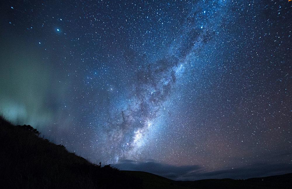 milky way above australia