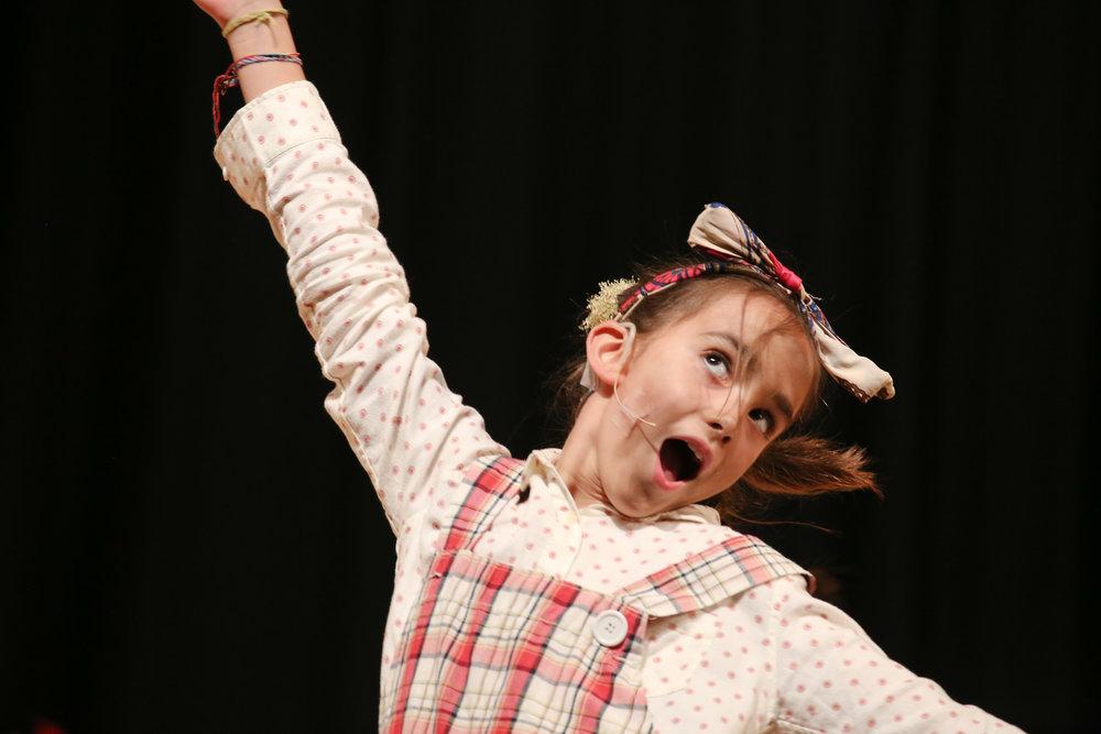 Ella - Centrestage Annie-102.jpg