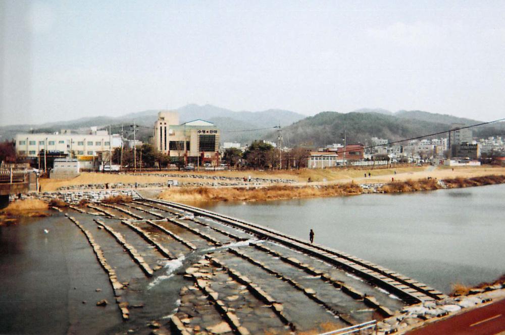 JH_2013_SouthKorea_10.jpg