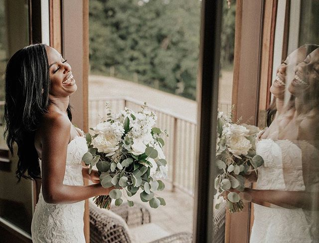 Double the bride, double the happiness! 💚 . . . . . . . . . . . . . . #oregon #oregonphotographer #oregonweddingphotographer #oregonwedding #oregonbride #portland #portlandphotographer #portlandweddingphotographer #portlandweddingphotography #portlandwedding #portlandbride #bridetobe #elopementphotographer #oregonelopement #lookslikefilmweddings  #pdxweddingphotographer #pdxphotographer #pdxwedding #elopementlove  #pnwphotographer #pnwweddings #greenweddingshoes #wildelopements  #lookslikefilm #belovedstories  #authenticlovemag  #youngberghill #winerywedding