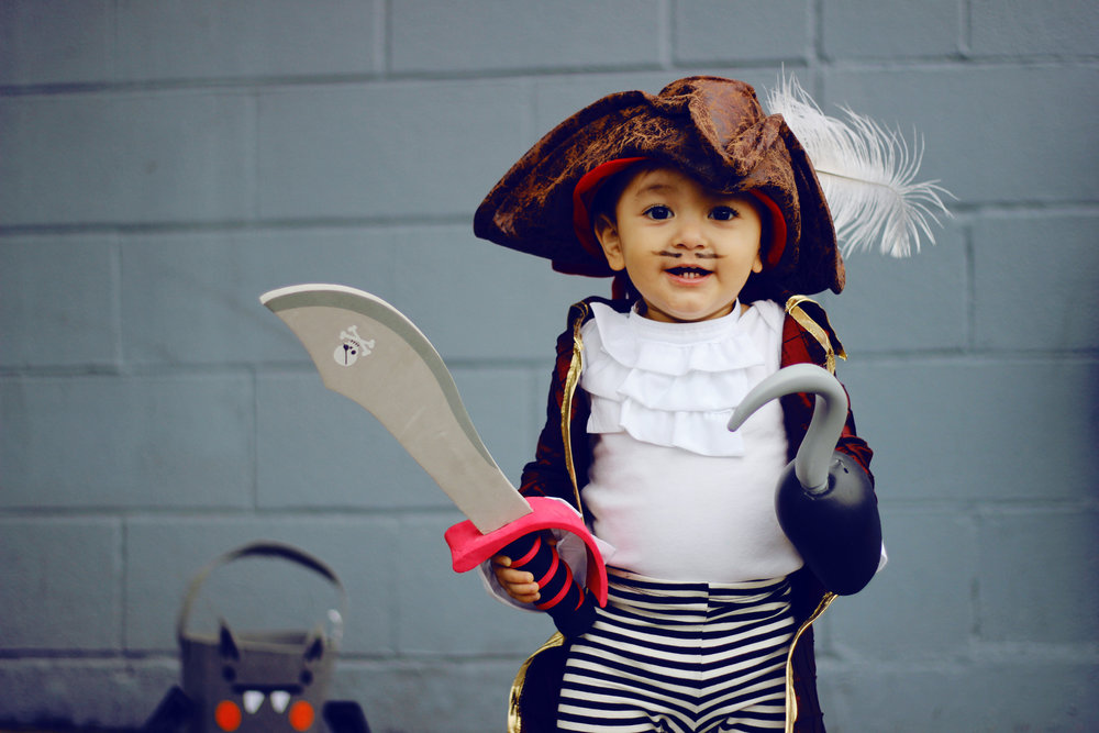 DIY Projects - KID COSTUMES CAPTAIN HOOK + CAPTAIN JAKE - All Kids Are Gifted  sc 1 st  Kids Are Gifted & KID COSTUMES : CAPTAIN HOOK + CAPTAIN JAKE u2014 All Kids Are Gifted