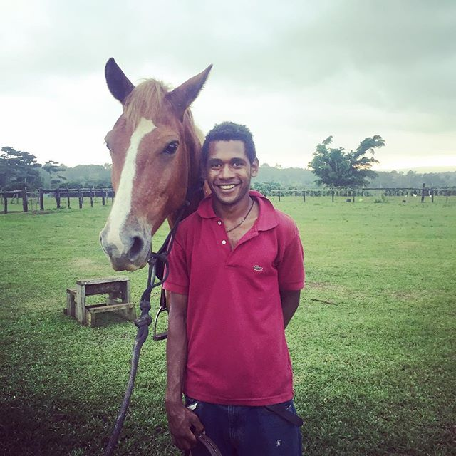 Fraiser is one of our guides that will welcome you to Bellevue 😊 Fraiser comes from the Banks islands up north in Vanuatu, but now lives at Bellevue Ranch whilst working here.  He is known for his friendly smile and welcoming attitude!  #discovervanuatu #horseriding #tour #bellevueranch #vanuatu #holiday #bucketlist #adventure #fun #horses #tropical #travel #local #supportlocal #localbusiness