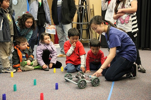 Why Robotics is Essential to Your Elementary and Middle School Computer Science Curriculum