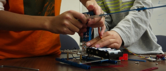Cheap Robotics Kits that Offer Low-Cost Education Platforms for Mechanics and Programming Basics