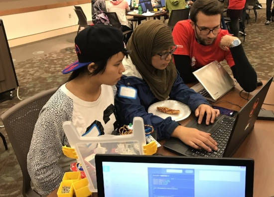 Robot Lesson Ideas that Encourage Teamwork Among Middle School Students
