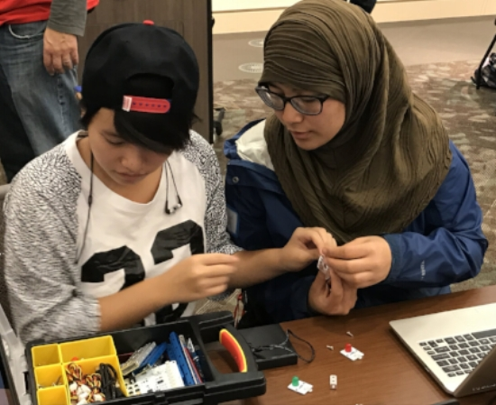 Robotic Kits to Get Any High School Student's Gears Turning
