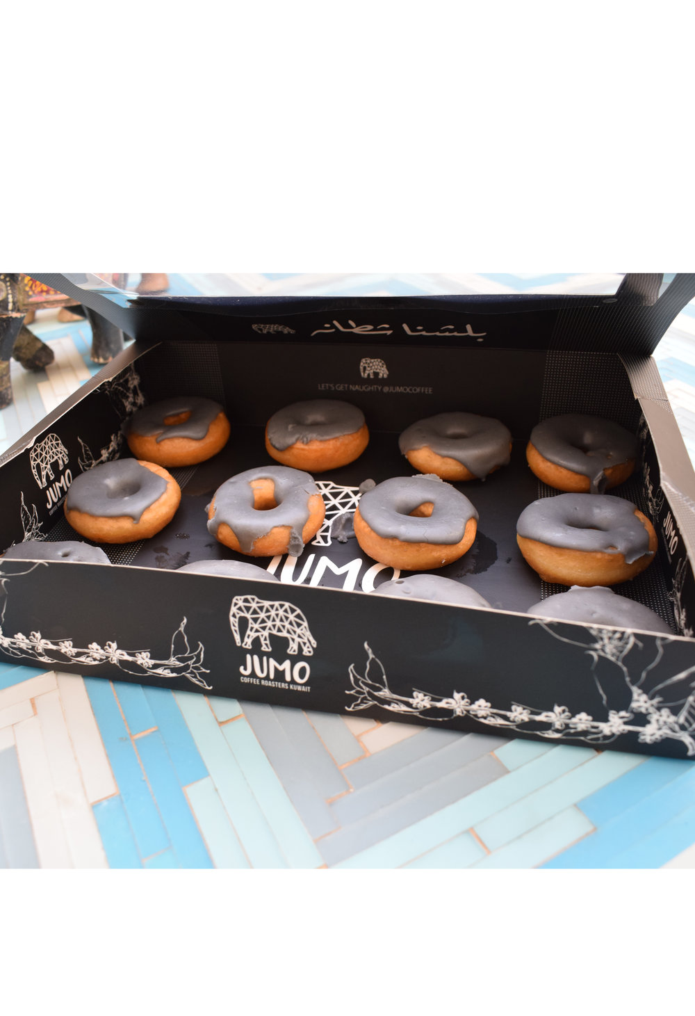 charcoal lemonade donut box