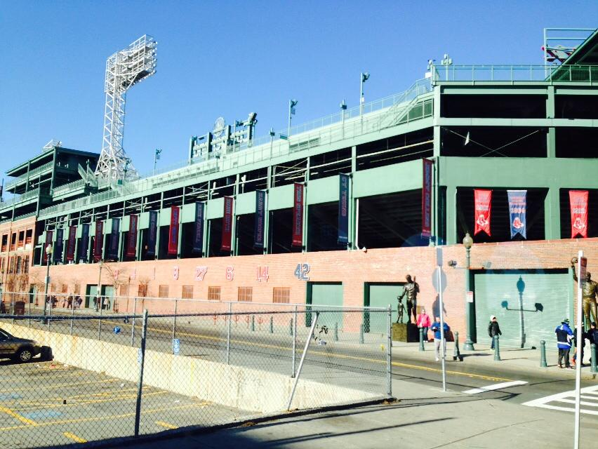 fenway_park_boston_red_sox_what_to_do_in_boston_usa_elle_blonde_luxury_lifestyle_blog_publication