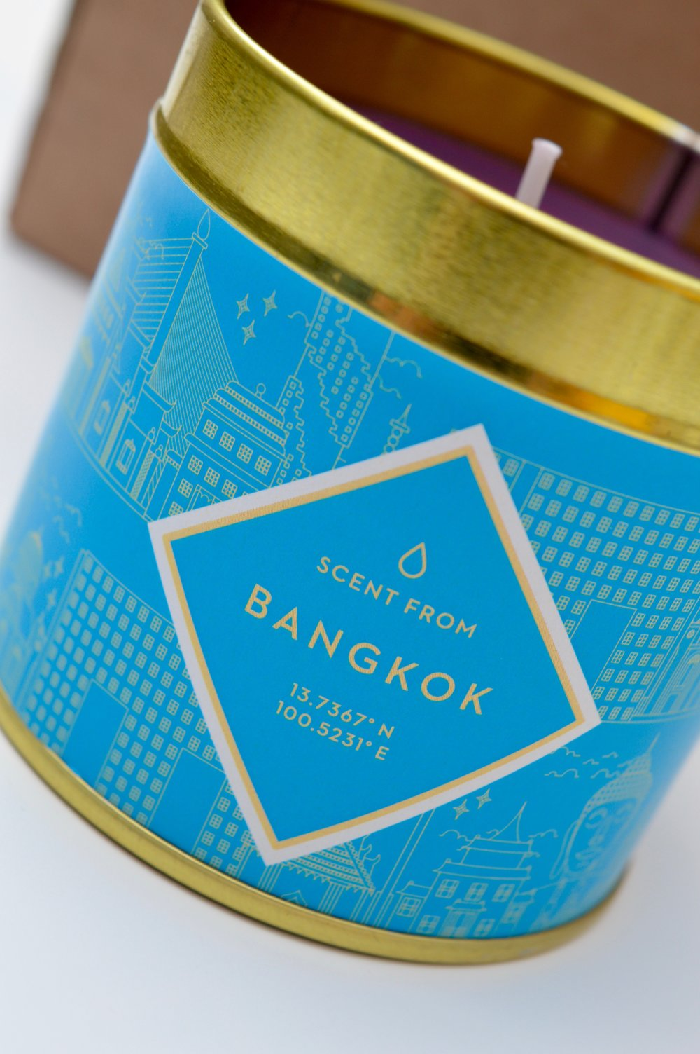 iwoot_scent_from_candle_subscription_box_the_Hut_Group_bangkok_elle_blonde_luxury_lifestyle_blog