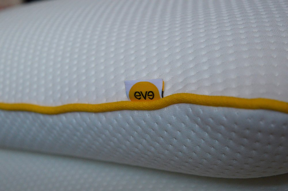 eve_mattress_memory_foam_pillows_tips_on_how_to_sleep_elle_blonde_luxury_lifestyle_blog