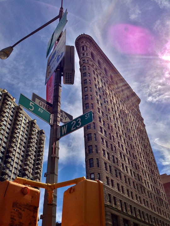 new_york_city_travel_guide_flat_iron_building_NYC_tips_what's_on_elle_blonde_luxury_lifestyle_blog