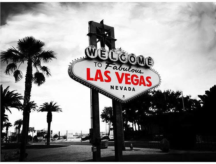 welcome_to_fabulous_nevada_sign_las_vegas_travel_guide_to_sin_city_elle_blonde_luxury_lifestyle_blog