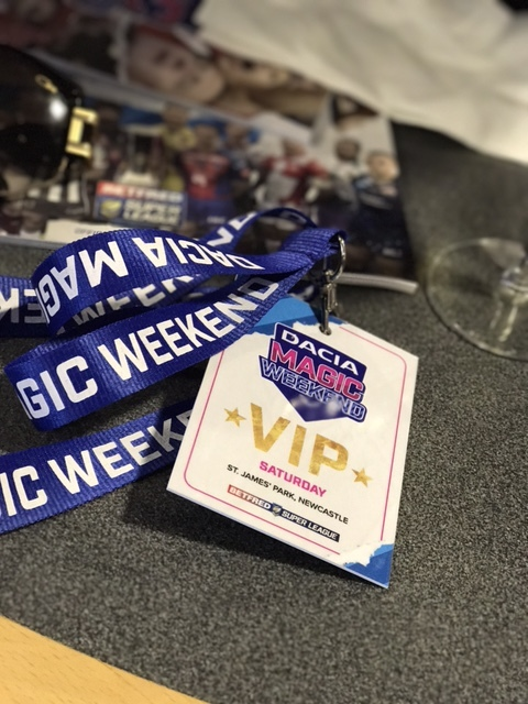 vip_hospitality_dacia_betfred_rugby_league_magic_Weekend_elle_blonde_luxury_lifestyle_blog