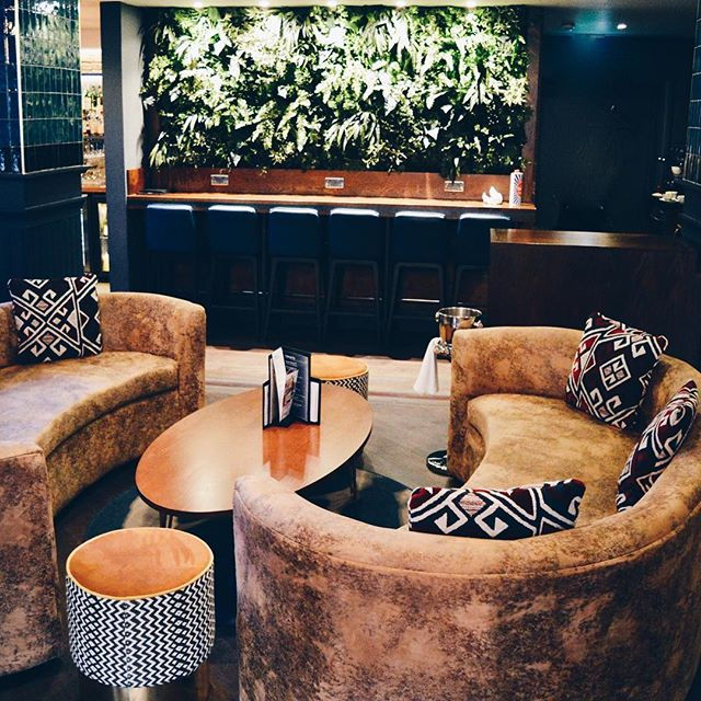 So in love with @malmaisonhotels Newcastle new bar lounge it just oozes sophistication. This Manhattan Style Lounge designed by @dakotahouseofdesign has to be the best looking bar in the City? Agreed? • • #northeast #nclifestylephotographer #newcastlequayside #malmaison #malmaisonnewcastle #dakotahouseofdesign #interiordesign #interiors #architecture #chezmal #themal #greenery #luxurylifestyle #luxurylife