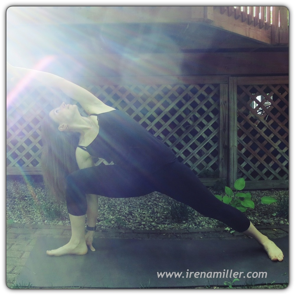 parasvakonasana side angle yoga pose