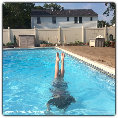 handstand yoga pool irena