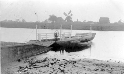 Naburn Ferry.jpg