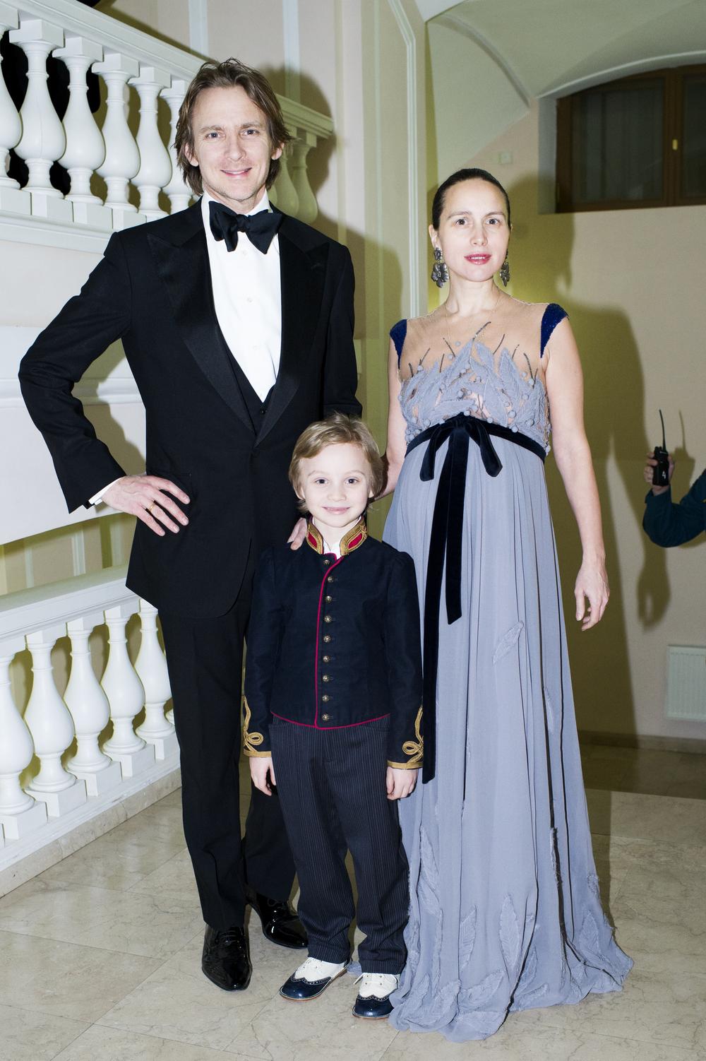 Charles, Aleksandr i Olga Thompson.jpg
