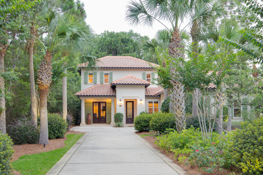2513 Vineyard Lane, Miramar Beach, FL, 4 bed • 4 bath • 3,300 SqFt Warm and inviting, this home has a great flow and boasts beautiful upgrades. The landscaping is meticulously designed to accent the home.