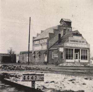 Farmers Co-op,1949
