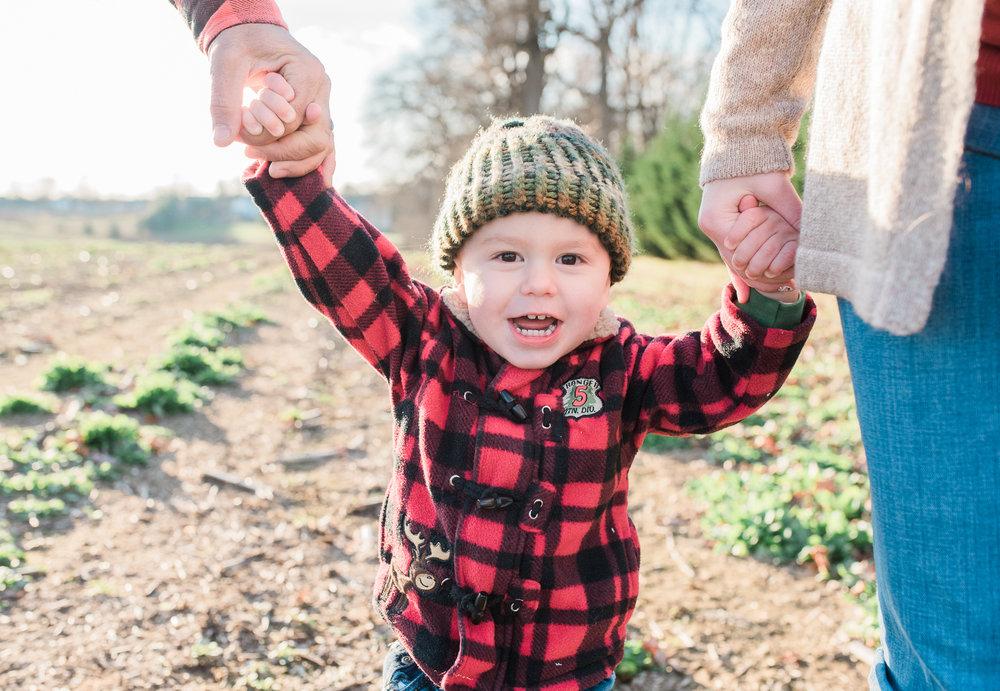 Harford-county-maryland-photographer-lifestyle-family-maternity-engagement-photos-by-breanna-kuhlmann-7.jpg